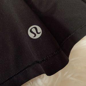 black lululemon skirt